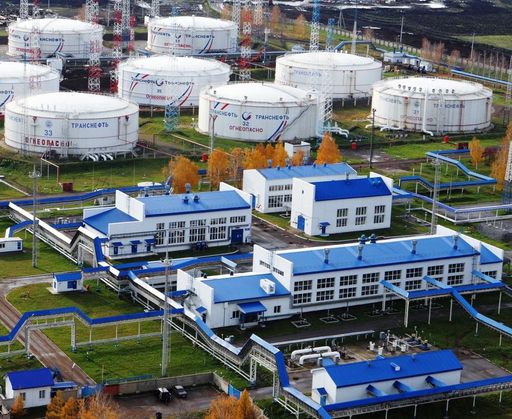 РФ на третьем месте по добыче нефти