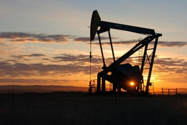 Китай начинает игру на нефти