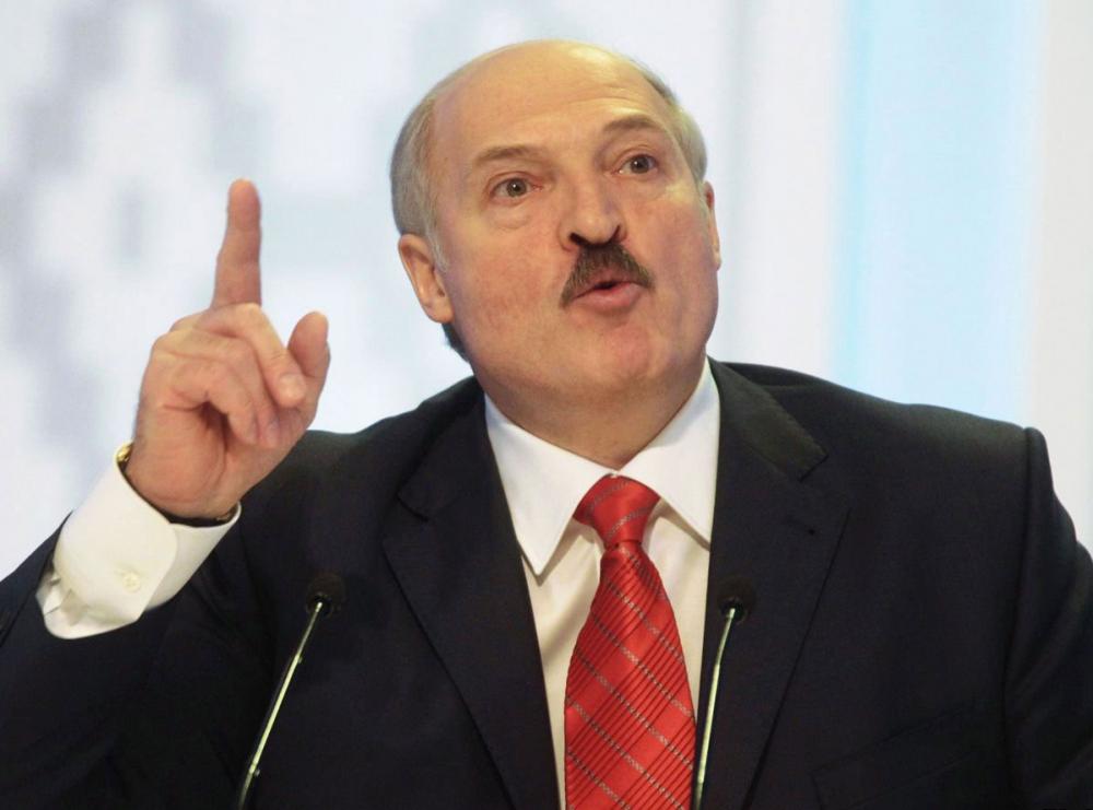 Белорусы не хотят поставлять в Россию обещанный дешевый бензин