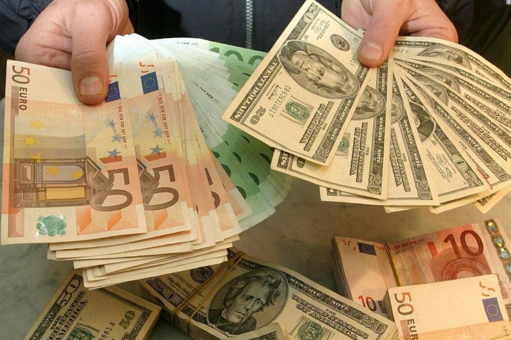 Вырос спрос на рубли