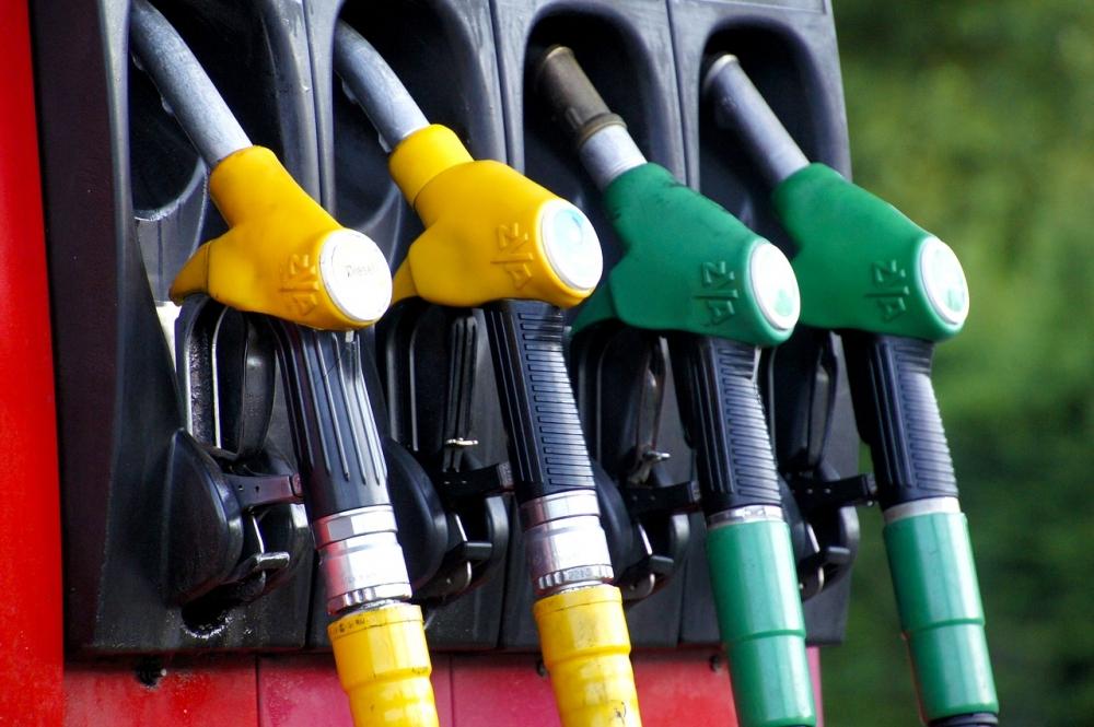 Бензин резко подорожает