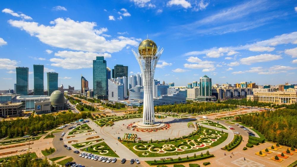 Казахстан приостановит импорт бензина из России